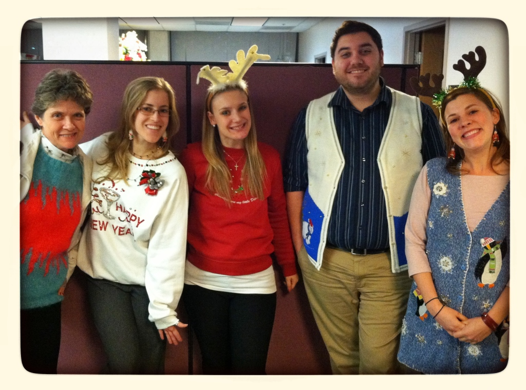 office-festivesweaterday